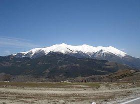280px-Mountain_Olympus_snowy